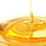 Brujería de amor con miel para que tener al hombre de tu vida